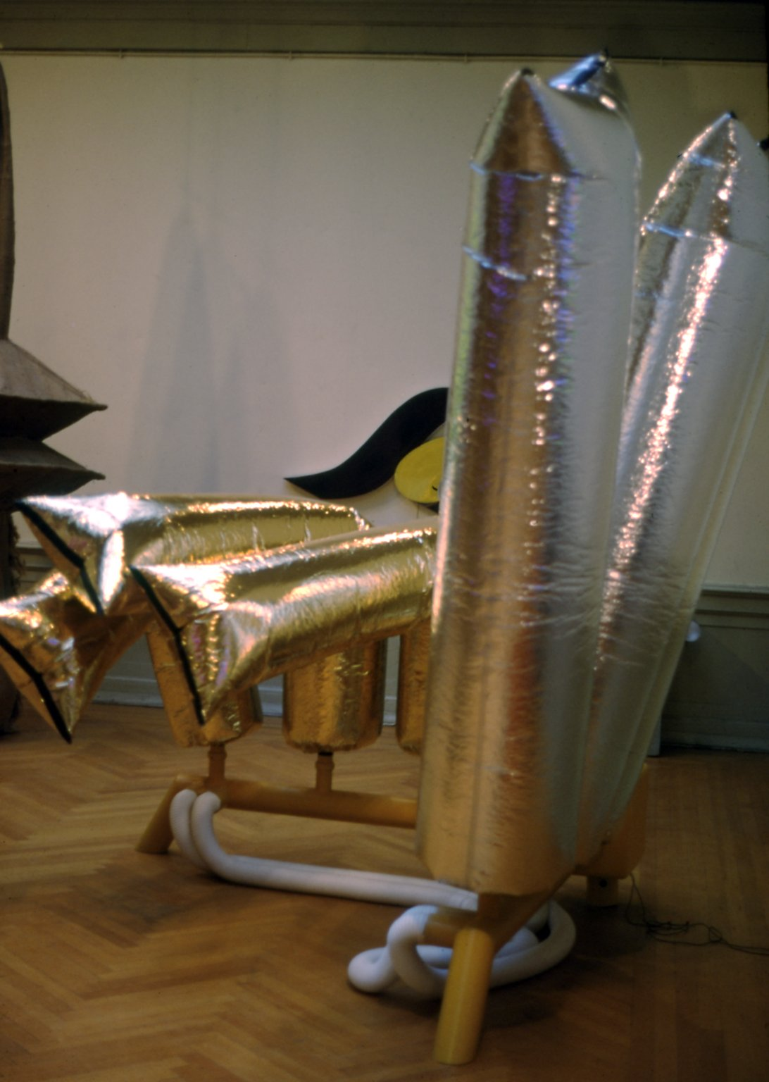 Silver & Gold Cylinders (view 11)